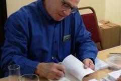 Me-signing
